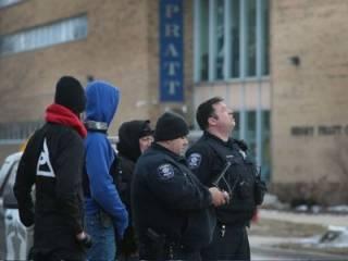 В США уволенный мужчина открыл прицельный огонь по бывшим коллегам. Досталось и полицейским