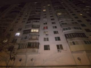 В Киеве пьяный мужчина упал с головокружительной высоты