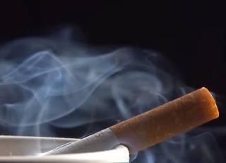 Ученые выявили очень странное последствие курения табака