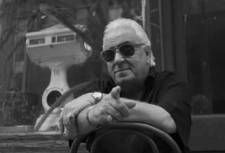 В США скончался известный актер и комик Винни Велла