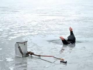 В Киеве прямо во время рыбалки погиб пожилой мужчина