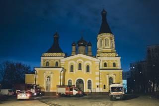 Ночью в Киеве произошел пожар на территории церкви