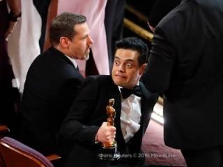 Появилось видео, как звезда Голливуда «навернулся» со сцены с «Оскаром» в руках