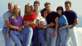 Звезда сериала «Беверли Хиллз 90210» экстренно госпитализирован с обширным инсультом