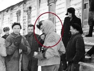 На фотографиях группы Дятлова «засветился» весьма интересный субъект