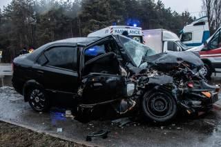 В Киеве фура смяла легковушку – пострадали пять человек
