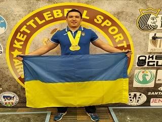 Будущий священник поблагодарил Бога за победу на чемпионате мира по гиревому спорту
