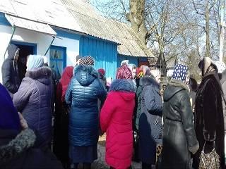 На Ровенщине «Правый сектор» помог представителям ПЦУ захватить храм УПЦ