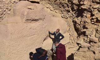 В Египте откопали очень странного сфинкса