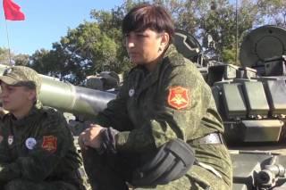 «Я сюда на сафари приехал»: бывшая танкистка из «ДНР» рассказала о россиянах на Донбассе