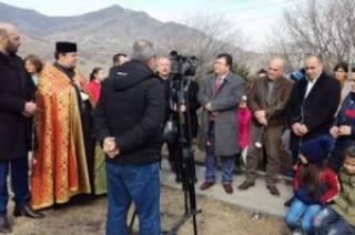 В Армении установили памятный хачкар, подаренный Союзом армян Украины