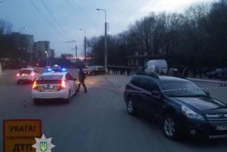 В Тернополе школьница за рулем попала в ДТП и впала в кому