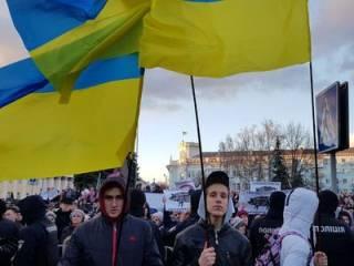 Нацкорпус наведался на митинг Порошенко в Житомире