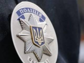 В Харькове копы разыскивают очень красивую мошенницу