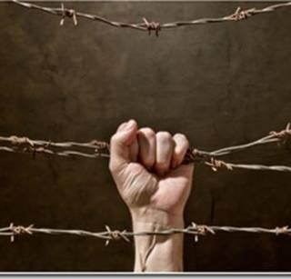 Украинцев загнали в культурное гетто. Видеообзор «Фразы»