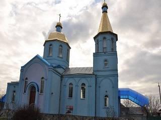 Захват храма УПЦ в селе Погребы под Киевом: полиция охраняет церковь, переговоры назначены на сегодня