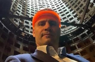 Кличко пообещал открыть метро на Виноградарь до конца 2021 года