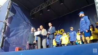 Тимошенко в Чернигове выступила в защиту Валерия Дубиля, которого преследует власть
