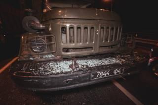 В Киеве военные протаранили автомобиль с ребенком