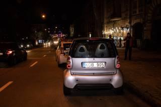 В столице девушку сбили прямо на пешеходном переходе