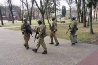 Выборы в Украине под дулом автомата: на улицах Киева появился спецназ СБУ