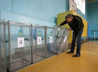 На Житомирщине людям разрешили голосовать без паспортов и раньше 8 утра