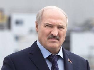 Лукашенко сравнил белорусских женщин со скотом