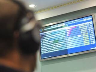 Обработано 36% протоколов: Зеленский громит Порошенко в пух и прах
