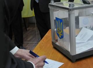 Порошенко уверенно побеждает на заграничном избирательном округе, Тимошенко ‒ «пасет задних»