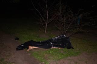 В Киеве разбился полуголый пенсионер (18+)
