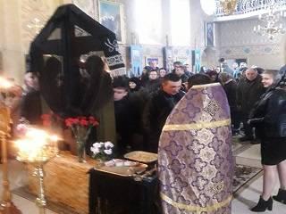 На Буковине активисты ПЦУ пытались захватить храм УПЦ