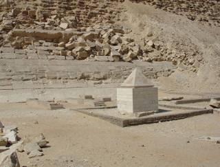 В Египте археологи обнаружили саркофаг с уникальными артефактами