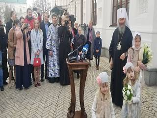 Торжества в Лавре: Митрополит Онуфрий поздравил православных с Благовещением