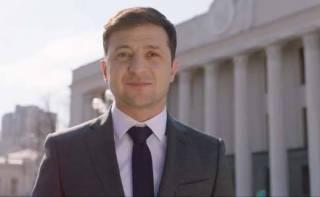 Зеленский призвал избирателей скидывать вопросы на дебаты c Порошенко. Осталось только разобраться с датой