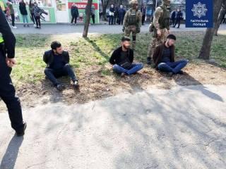 Спецназ задержал в Киеве четверых кавказцев, подозреваемых в вымогательстве