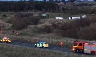 В Великобритании самолет рухнул прямо на поле для гольфа