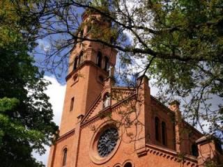 На территории костела в Варшаве произошла кровавая бойня