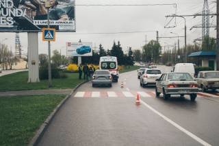 В Днепре девушку сбили прямо на пешеходном переходе