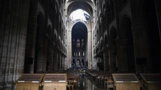 «Масоны передали привет»: Конспирологи увидели начало апокалипсиса в сожжении Нотр-Дама