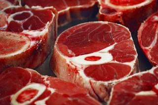 Ученые рассказали, какое мясо «провоцирует» рак кишечника