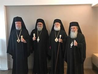 Предстоятели четырех Православных Церквей призвали к защите храмов УПЦ