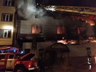 В Харькове бушевал грандиозный пожар в банном комплексе ‒ есть пострадавшие
