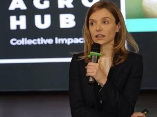 Невестка Порошенко тонко потроллила жену Зеленского по поводу скандала с «Миротворцем»