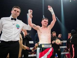 Украинский боксер Беринчик уверенно победил японца и бросился «в погоню» за самим Ломаченко