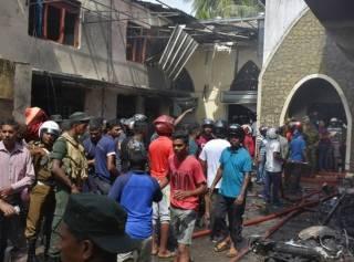 Солнечную Шри-Ланку потрясла серия взрывов: жуткие фото и видео трагедии (18+)