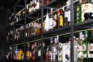 Печенье и виски: чем кормят и поят в штабе Зеленского