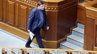 Зеленский уволит Луценко и других представителей «старой команды»