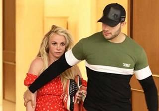 Внешний вид Бритни Спирс после психушки напугал ее фанатов. Певица записала видео-обращение