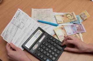 Льготники с долгом по коммуналке не увидят «живых» денег с субсидии