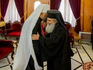 Митрополит Антоний – Иерусалимскому Патриарху: Испытания украинского народа – это испытания всего православного мира